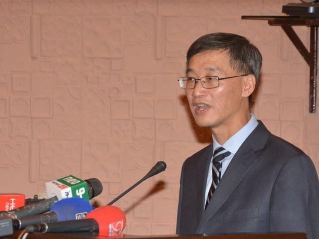 یہ تاثر درست نہیں کہ صرف چینی کمپنیاں سی پیک سے فائدہ اٹھا رہی ہیں، چینی سفیر۔ فوٹو : فائل