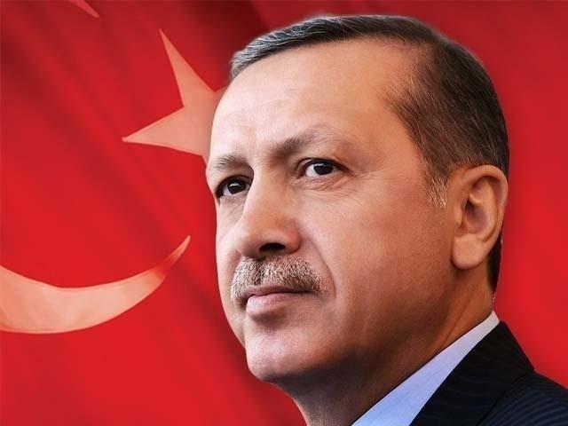 ترک صدر کا تختہ الٹنے کے لیے ان افسران نے فوجی بغاوت میں اہم کردار ادا کیا تھا۔ فوٹو : فائل