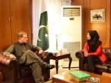 شاہ محمود سے فوزیہ صدیقی کی ملاقات، ڈاکٹر عافیہ کی وطن واپسی سے متعلق گفتگو فوٹو:ٹوئٹر