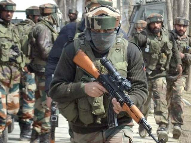 بھارتی فوج کا کشمیریوں کے خلاف جاری ظلم کا سلسلہ رک نہ سکا (فوٹو: فائل)