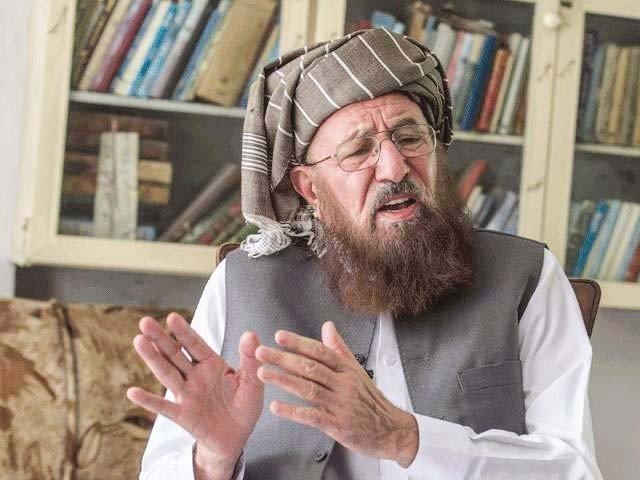 فتویٰ  کل سیشن کورٹ نوشہرہ میں جمع کرایا جائے گا، مولانا حامد الحق (فوٹو:فائل)