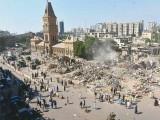 میئر کراچی و دیگر حکام اس اقدام کو غیر قانونی قرار دیتے ہوئے مارکیٹ کو دوبارہ تعمیر کرنے کی ہدایت کریں، درخواست۔ فوٹو : فائل