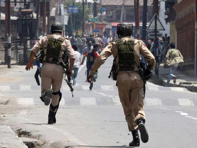 نوجوانوں کو نام نہاد سرچ آپریشن کے دوران شہید کیا گیا، کشمیر میڈیا سروس فوٹو:فائل