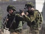 اسرائیلی فوج نے فلسطینی نوجوان کی گاڑی پر فائرنگ کردی۔ فوٹو : فائل