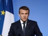 پیٹرولیم مصنوعات کی زائد قیمتوں پر فسادات کے بعد فرانس کے صدر نے ٹیلی ویژن پر خطاب کیا (فوٹو : فائل)