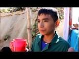 ارجنٹینا کا 12 سالہ بچہ لیونارڈو خود پڑھنے کے ساتھ ساتھ اپنا اسکول بھی چلاتا ہے۔ فوٹو: اوڈٹی سیںٹرل