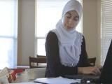 سالانہ بنیادوں پر معاہدے کی تجدید کے لیے آفر لیٹر دیا جاتا تھا، متاثر خاتون (فوٹو: فائل)