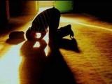 خانقاہ، دراصل درس گاہ صُفّہ کی طرح وہ تربیت گاہ ہے جہاں شیخ اپنے مرید کی روحانی و اخلاقی تربیت کرتا اور اس کا تعلق اللہ رب العزت کے ساتھ جوڑتا ہے۔ فوٹو: فائل