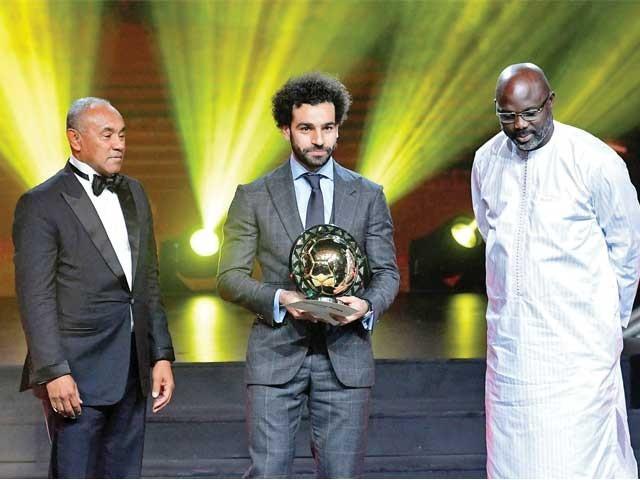 مصری اسٹرائیکر محمد صلاح نے لگاتار دوسری بار سال کے بہترین افریقی فٹبالر کا ایوارڈ جیت لیا۔