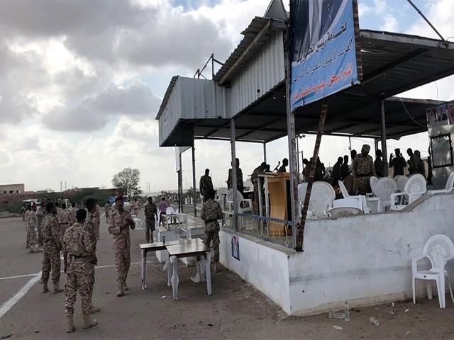 زخمیوں میں یمنی انٹیلی جنس سروس کے سربراہ محمد صالح تاماح بھی شامل ہیں، فوٹو:  قطری میڈیا