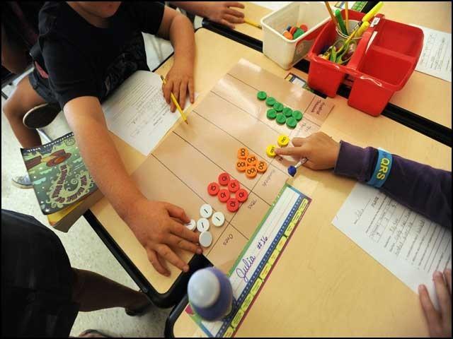 ترقی یافتہ ممالک بھی ''سنگاپور تعلیمی ماڈل'' کے ممتنی ہیں۔ فوٹو: انٹرنیٹ