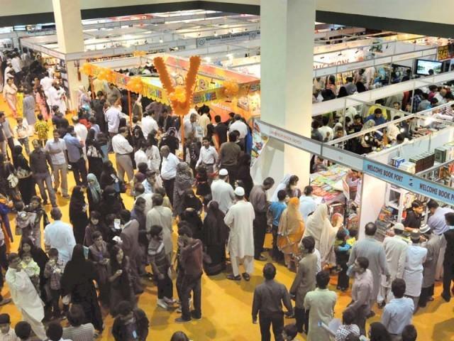 نمائش 12 تا13جنوری جاری رہیگی، انعقاد کا مقصد خریدوفروخت کنندگان کوپلیٹ فارم مہیا کرنا ہے ، احمد بھٹی فوٹو: ایکسپریس
