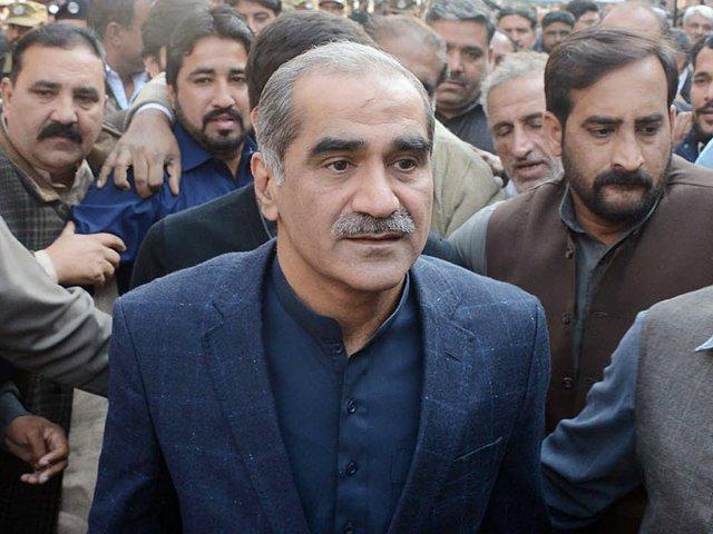 حکومت کو بنے 5 ماہ ہوگئے لیکن انہیں ملک چلانا نہیں آرہا، سعد رفیق۔ فوٹو : فائل