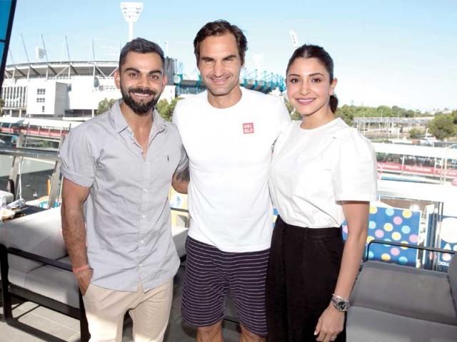 انوشکا شرما نے ویرات کوہلی و دیگر کھلاڑیوں کو آسٹریلیا کے خلاف ایک روزہ سیریز میں کامیابی پر مبارکباد بھی پیش کی۔ فوٹو: فائل
