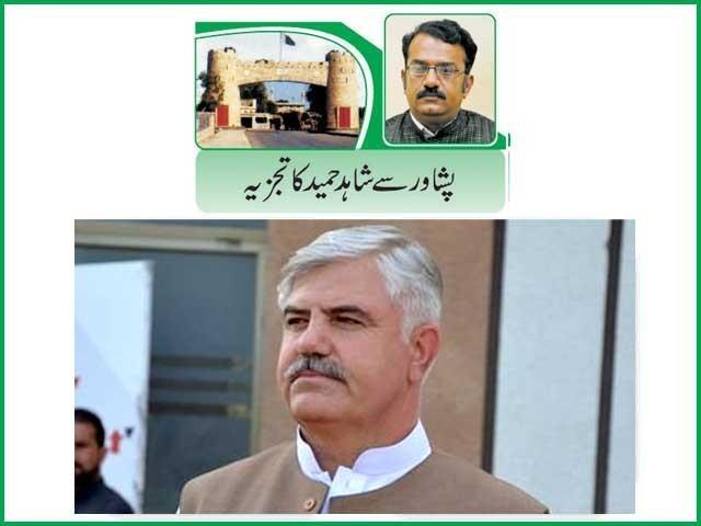 اچانک ہی وزیراعلیٰ خیبرپختونخوا محمود خان اور ان کی کابینہ کا لب ولہجہ تبدیل ہوا۔ فوٹو: فائل