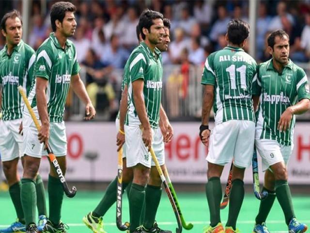 ہاکی لیگ کی تیاریوں کے لئے قومی ٹیم کا کیمپ لاہور میں جاری ہے، فوٹو: فائل