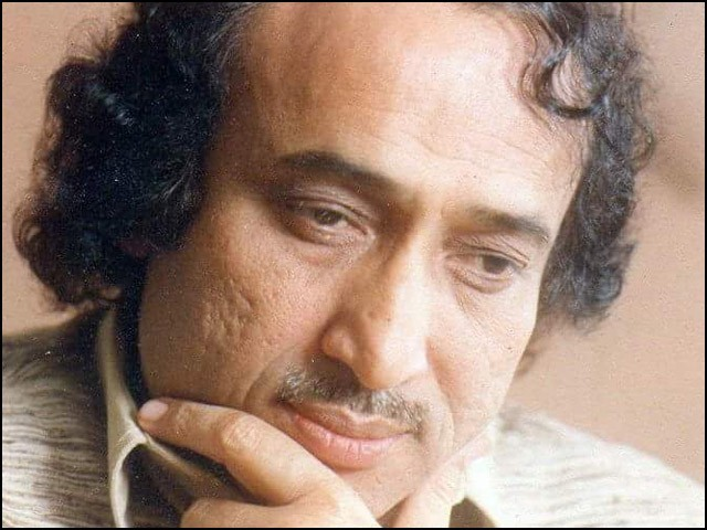 محسن نقوی کو مارنے والے یہ بات بھول گئے کہ اہل قلم اپنے الفاظ اور سوچ کے سہارے ہمیشہ زندہ رہتے ہیں۔ (فوٹو: فائل)