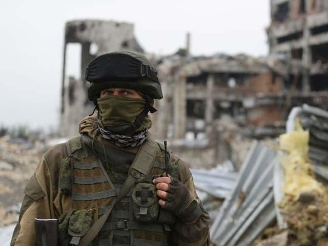 یوکرائن میں مسلح علیحدگی پسندوں کو روس کی حمایت حاصل ہے۔ فوٹو : فائل