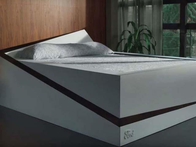 یہ بستر بچوں کو بستر سے گرنے سے بھی روکتا ہے۔ فوٹو : ورج