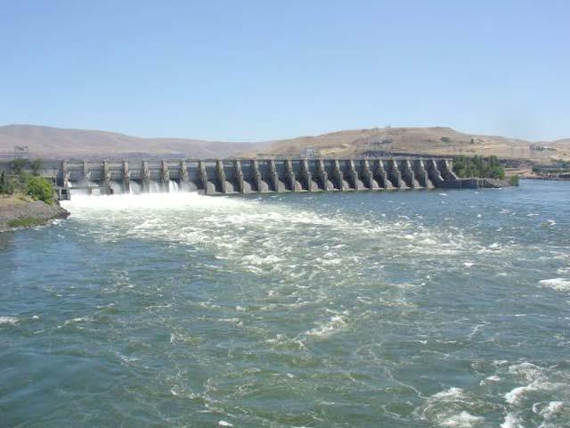 حب ڈیم سے کراچی کو پانی کی فراہمی 3ماہ کے طویل عرصے سے بند ہے،ذرائع۔ فوٹو: فائل