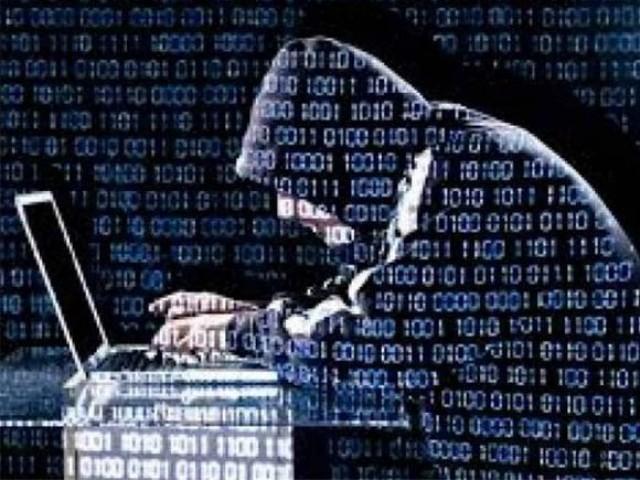 پاکستان میں تقریباً 25 فیصد صارفین کے موبائل فون وائرس کا نشانہ بن چکے ہیں، کیسپر اسکائے۔ فوٹو:فائل