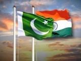 لاہور سے پیر کے روز دوستی بس کے ذریعے صرف 11 مسافر بھارت روانہ ہوئے  فوٹو: فائل