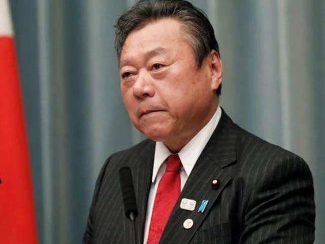 یوشی تاکا ساکورادا جو ان دنوں جاپان میں شدید تنقید کا عنوان بنے ہوئے ہیں۔ فوٹو: بی بی سی