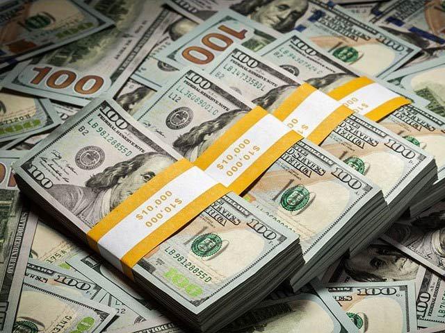 متحدہ عرب امارات سے مزید ایک ارب ڈالرز آئندہ ماہ منتقل ہوں گے، ذرائع وزارت خزانہ۔ فوٹوفائل