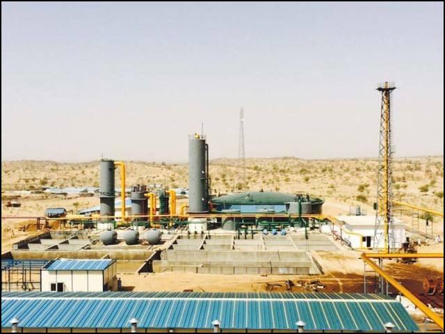 تھر کے کوئلے سے ابتدائی طور پر 330 میگا واٹ بجلی نیشنل گرڈ میں شامل ہوچکی ہے۔ (فوٹو: انٹرنیٹ)