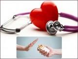 ذیابیطس اور بلڈپریشرکا صحیح علاج نہ کروایا جائے تو دل کے دورے کے خطرات بڑھ جاتے ہیں۔ فوٹو: فائل