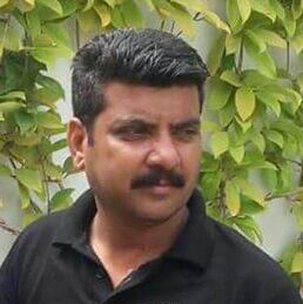 Police troop Farooq