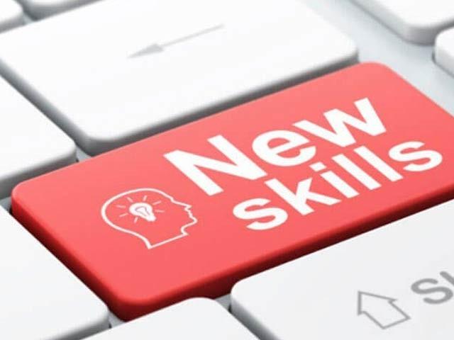 ماہرین نے کہا ہے کہ نئے کام کو سیکھنے کے عمل کے دوران وقفہ لینے سے سیکھنے کا عمل مزید مضبوط اور بہتر ہوجاتا ہے (فوٹو: فائل)