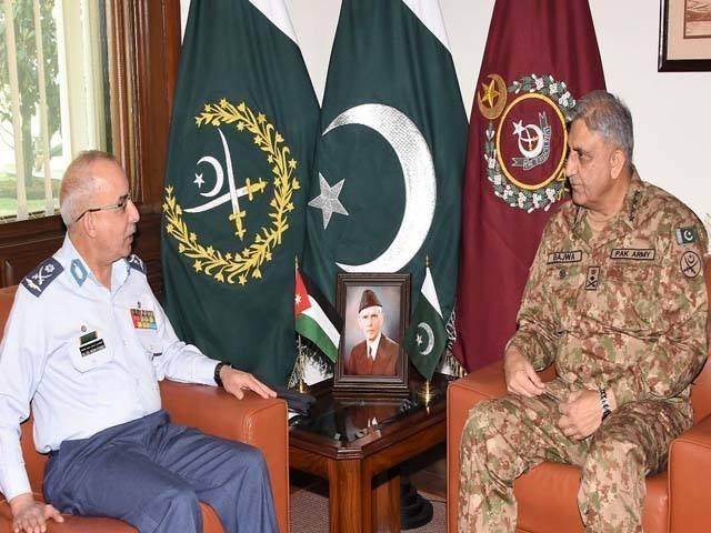 ملاقات میں عسکری تعلقات کو مزید فروغ دینے اور انسداد دہشتگردی تعاون پر اتفاق کیا گیا، ترجمان پاک فوج (فوٹو: آئی ایس پی آر)