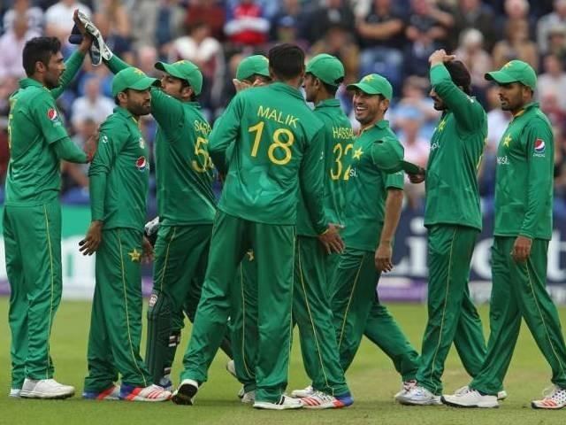 انگلینڈ جانے والے کھلاڑی جمعرات کی سہ پہر اسلام آباد روانہ ہوں گے، فوٹو: فائل