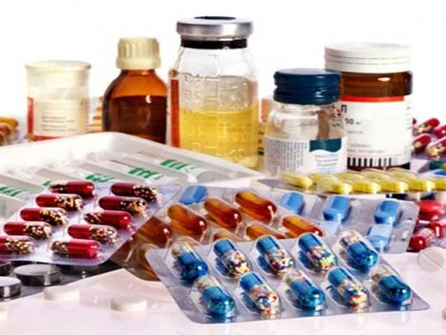 دواؤں کی قیمتوں میں200فیصد اضافے کا تاثر غلط ہے، صدر فارماسیوٹیکل مینوفیکچررز ایسوسی ایشن۔ فوٹو:فائل