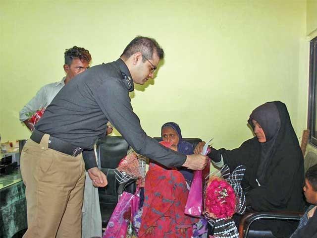 تعلیم کی فراہمی کے اقدامات پراے آئی جی ویلفیئرشاباش کے مستحق ہیں،آئی جی سندھ۔ فوٹو: فائل
