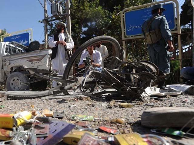 دھماکے کے لیے موٹر سائیکل میں بم نصب کیا گیا تھا۔ فوٹو : فائل
