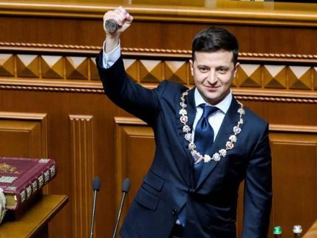 یوکرائنی صدر سیاست میں آنے سے قبل مزاحیہ اداکار کی حیثیت سے شہرت رکھتے تھے۔ فوٹو : فائل