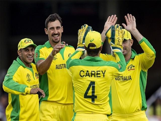لندن کے اوول گراؤنڈ میں کھیلے گئے میچ میں آسٹریلیا کے 335 رنز کے جواب میں سری لنکا کی پوری ٹیم 240 رنز پر ڈھیر ہوگئی، فوٹو: فائل