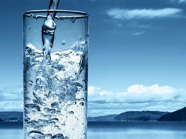 ہمارے پاس اب وقت نہیں رہا کہ پانی کے  بحران کو موخر رکھا جائے۔ فوٹو:فائل