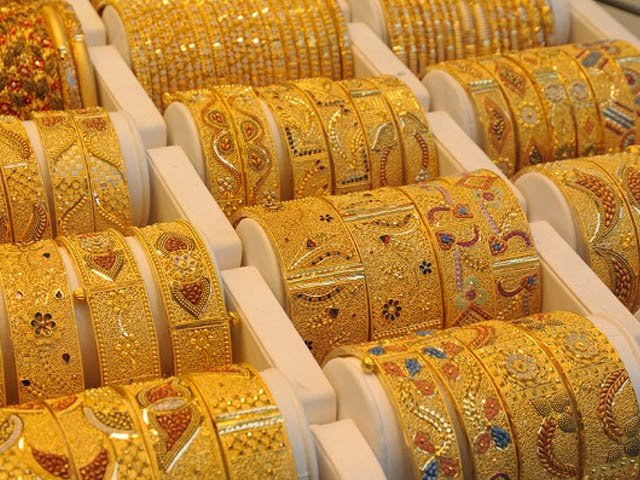 فی تولہ سونے کی قیمت 75500 روپے پر مستحکم ہے، آل سندھ صرافہ بازار۔ فوٹو: فائل