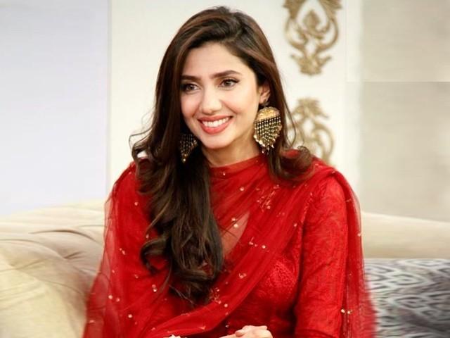 ماہرہ خان فلم ''پرے ہٹ لو''میں شہریار منور اور مایہ علی کے ہمراہ اہم کردار ادا کرتی نظر آئیں گی (فوٹو: فائل)