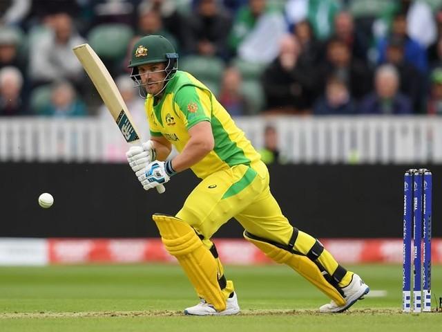 انگلینڈ نے ٹاس جیت کر آسٹریلیا کو بیٹنگ کی دعوت دی ہے