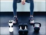صرف روزانہ ورزش ہی نہیں، بلکہ وقت کی پابندی بھی ضروری ہے۔ (فوٹو: انٹرنیٹ)