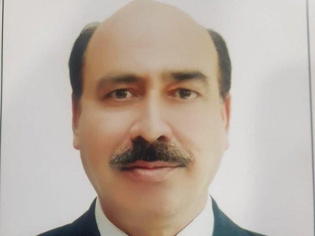 ناصر بٹ نے مجھے دھمکی اور غیر اخلاقی ویڈیو دکھاکر نواز شریف سے ملاقات پر مجبور کیا، جج ارشد ملک فوٹو:فائل