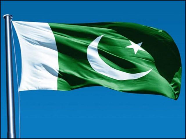 پاکستان میں کسی بھی طرح کی حقیقی تبدیلی آزاد سوچ اور عوامی شعور کے بنا ممکن نہیں ہے۔ (فوٹو: انٹرنیٹ)