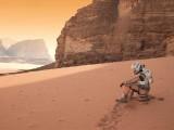 مریخ کی سطح کو سلیکا ایئروجیل سے ڈھانپ کر قابلِ رہائش بنایا جاسکتا ہے جس سے انسان بہت سکون سے رہ سکیں گے۔ فوٹو: فائل