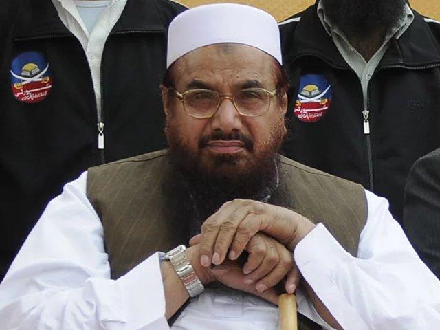 سی ٹی ڈی پنجاب نے آج صبح حافظ سعید کو لاہور سے گوجرانوالہ جاتے ہوئے گرفتار کیا تھا۔ فوٹو:فائل