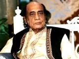 مہدی حسن نے موسیقی کی تعلیم اپنے والد استاد عظیم سے حاصل کی تھی، فوٹو : فائل