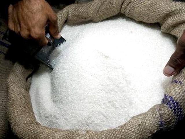 172 کنٹینرز سے 4 ہزار 472 میٹرک ٹن مضر صحت بھارتی چینی ضبط کی گئی (فوٹو: فائل)
